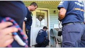 Toen ze de deur van dit verlaten huis opendeden, waren ze niet voorbereid op iet