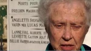 Haar man overleed 6 weken na de bruiloft. 60 jaar later ontdekte ze wat er was g