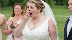 De 40-jarige bruid liet een lege plaats aan tafel voor haar overleden zoon. Toen
