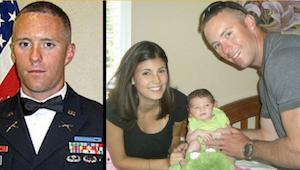 Haar man kwam om in Afghanistan. Toen ze zijn laptop openden, vonden ze een best