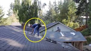 Dakdekkers zijn rustig op het dak aan het werk, wanneer iemand muziek aanzet. De