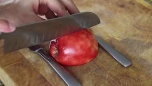 Een truc met een appel, waar je je gasten écht mee kunt verassen!