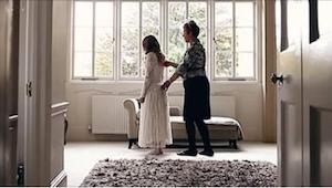 Het lijkt een gewone bruiloft film, totdat…